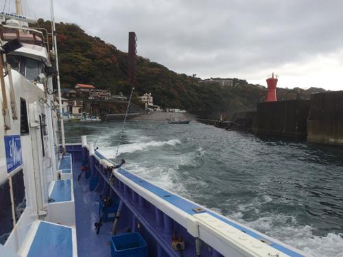 福浦港から出発