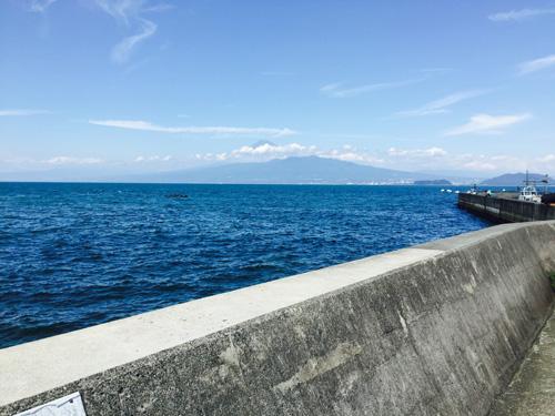 富士山を眺めながらの堤防釣り
